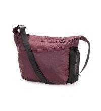 Ultralight 8L shoulder bag.