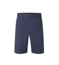 Traditional chino shorts in a technical fabric.