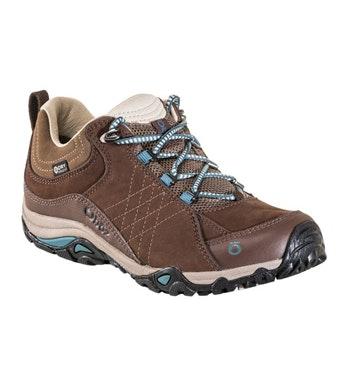 Comfortable waterproof walking shoe
