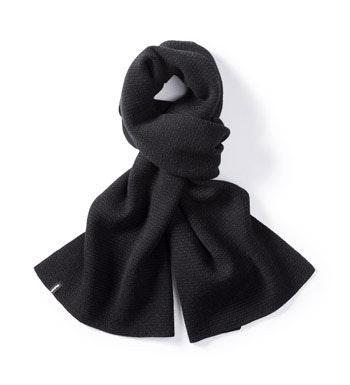 Reversible 100% extrafine merino scarf.