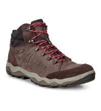 Athletic fit, mid-cut, waterproof boot.