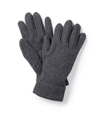Functional, printed fleece gloves.